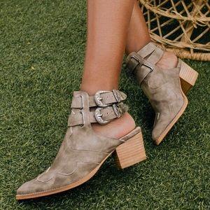 ✨NEW✨ La Vaquera   Genuine Leather Ankle Booties